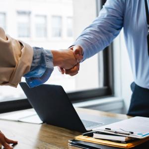 Handshake between hiring manager and data expert